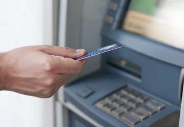 Un distributeur de billet